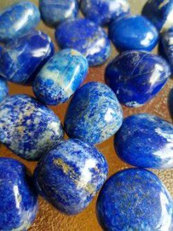 Lapis Lazuli Lge A grade tumble stones
